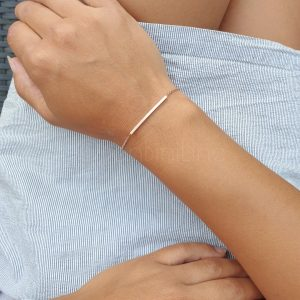 curved bar roségold armband